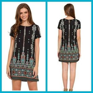 Dresses & Skirts - 3/$20👗Tribal print shift dress NWOT